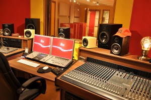 iBeat Recording Studio - Control Room