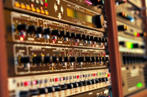 iBeat Recording Studio - Vintage outboard gear