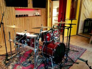 Rodejo Music neemt drums op bij iBeat Recording Studio